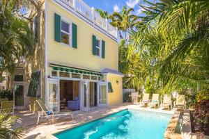 Key West 4 bedroom pet friendly monthly vacation home rental with private pool