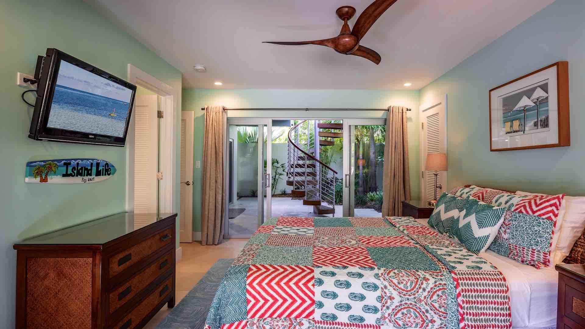 The third bedroom not only has direct access to the pool area, but also to the adjacent gardens...