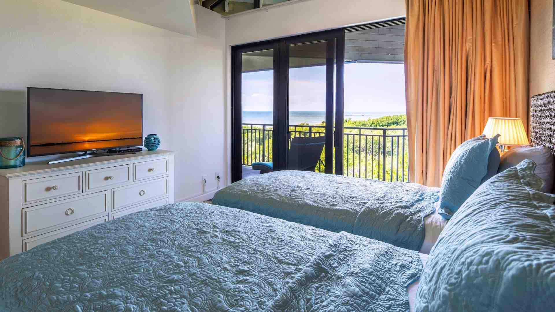 The second bedroom has two twin beds that convert to a King upon request...