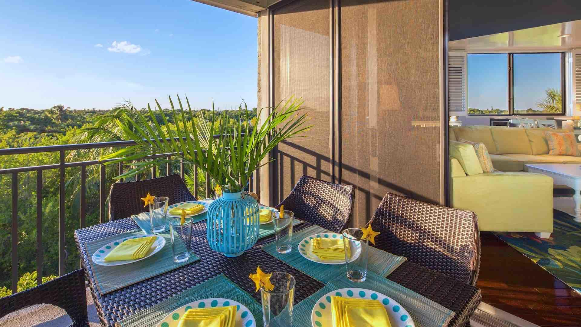 There is an outdoor dining set on the balcony that seats six comfortably...