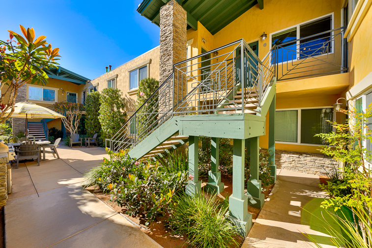 Welcome to Ocean Beach Bliss which is on the 2nd floor looking out into the community area.