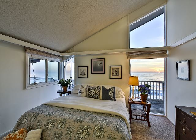 Bedroom #2 with king bed and ocean view.