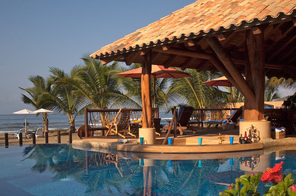 Infinity pool and palapa bar