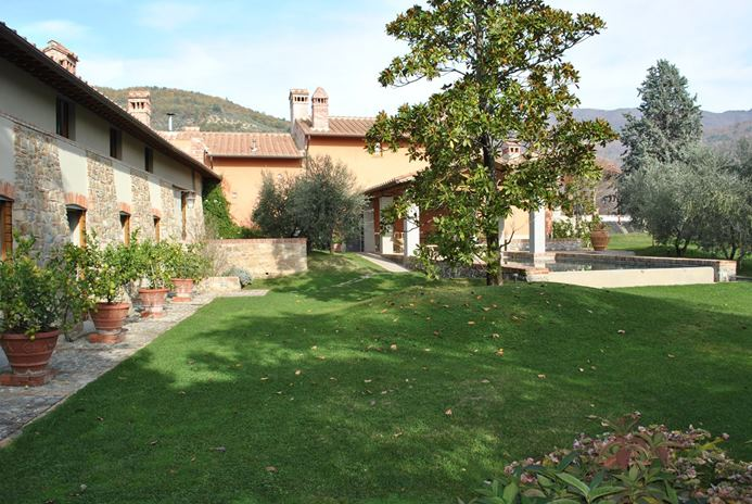 FR-HII MAG - Villa Camelie-Tuscany/Florence-Italy-03