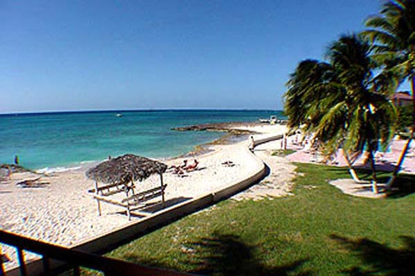 FR-CM GTV - Villa George Town #318-Seven Mile Beach-Grand Cayman-08