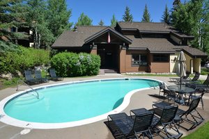 Vacation rental Beaver Creek, CO with pool and hot tub