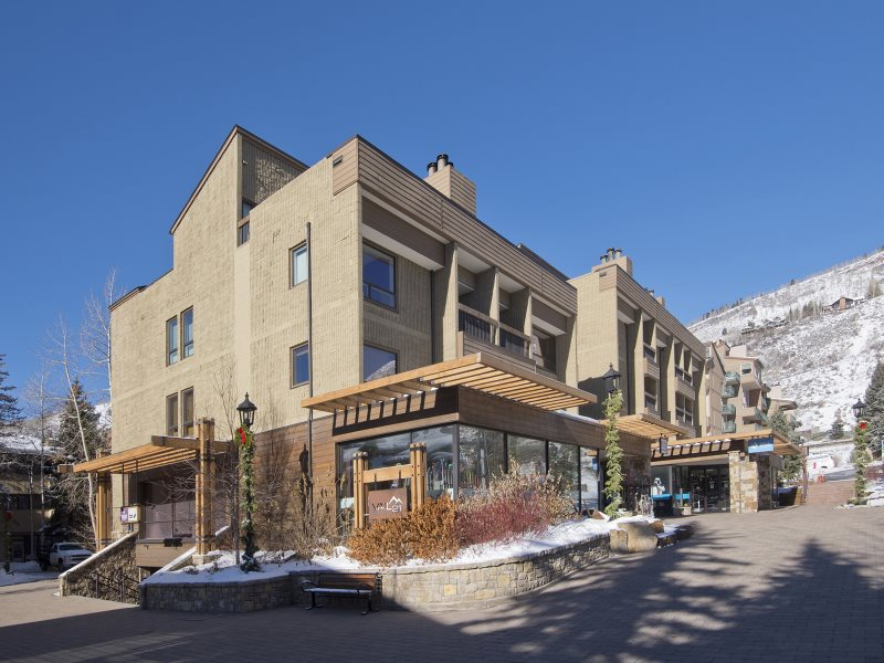 Vail 2 bedroom mountain view condo for rent