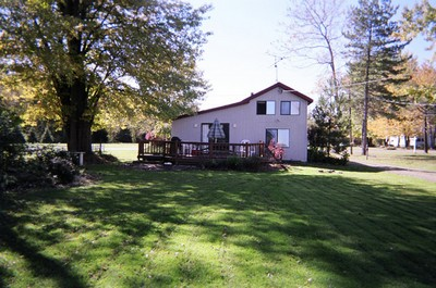 Cottage A Place To Stay On Vacation 3 Bedroom 1 Full Bathroom Chautauqua New York 43080 Find Rentals