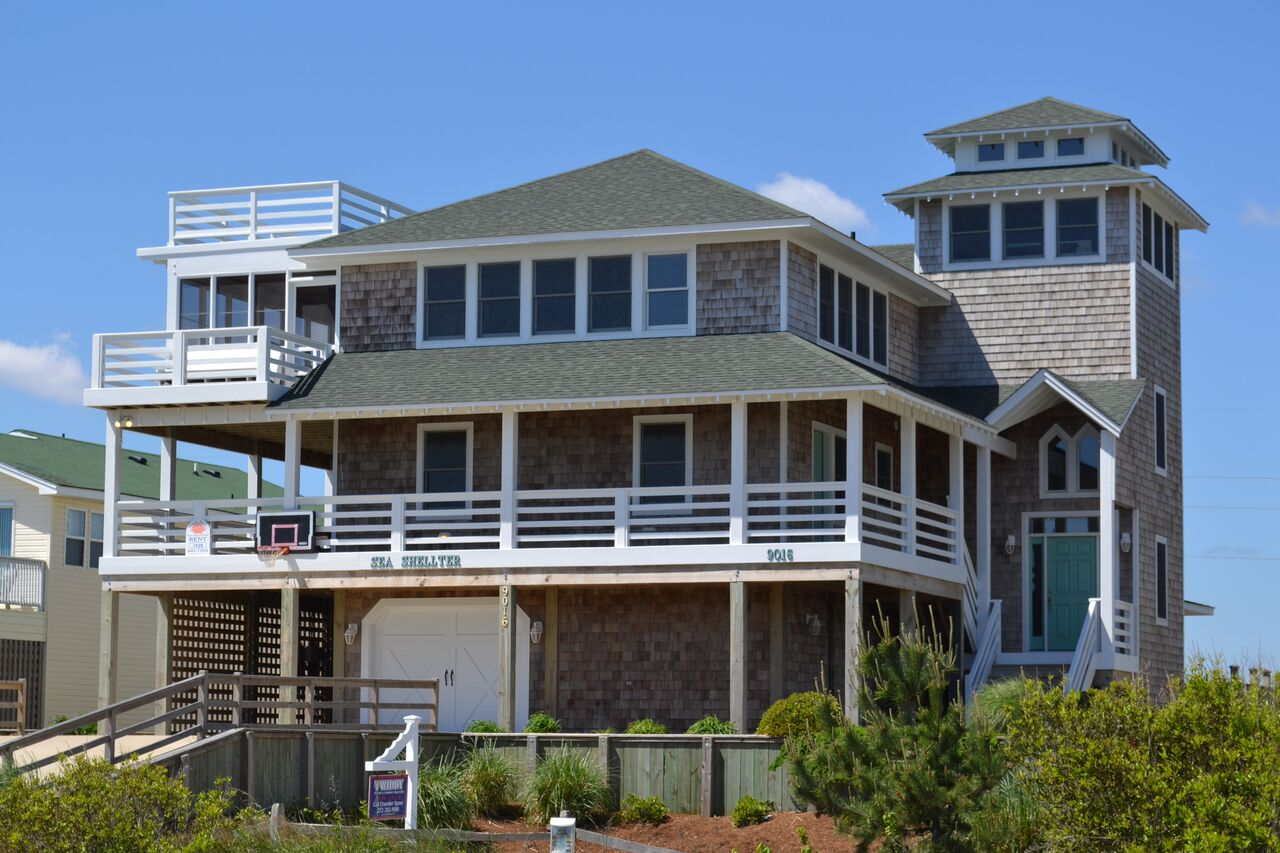 Semi Ocean Front Vacation Home in South Nags Head, NC