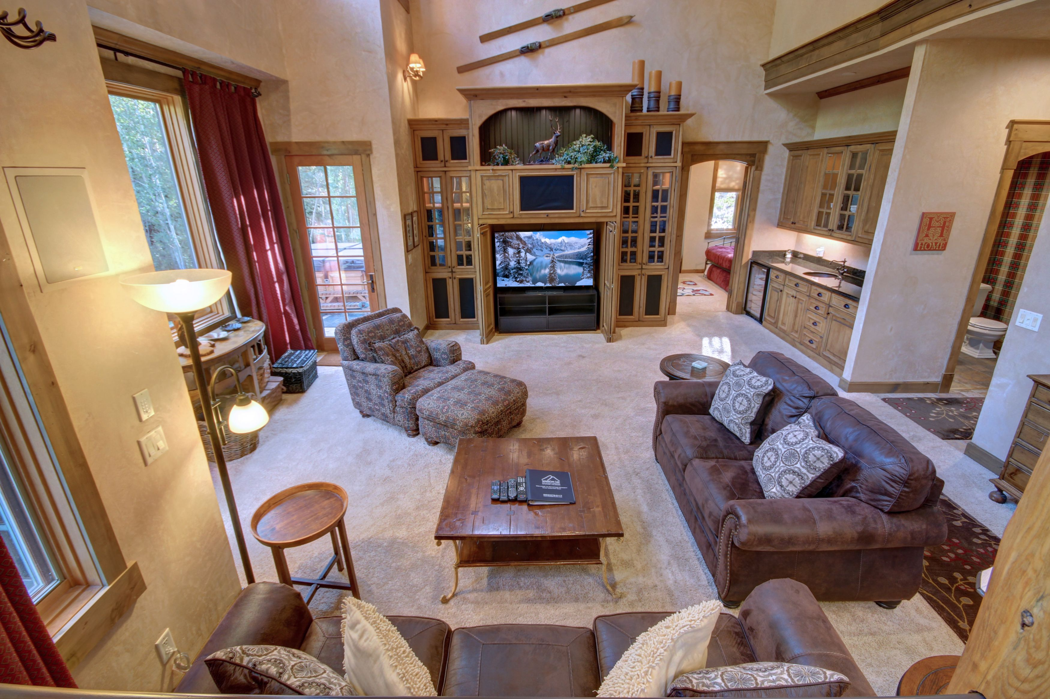 Living room with amazing leather couches