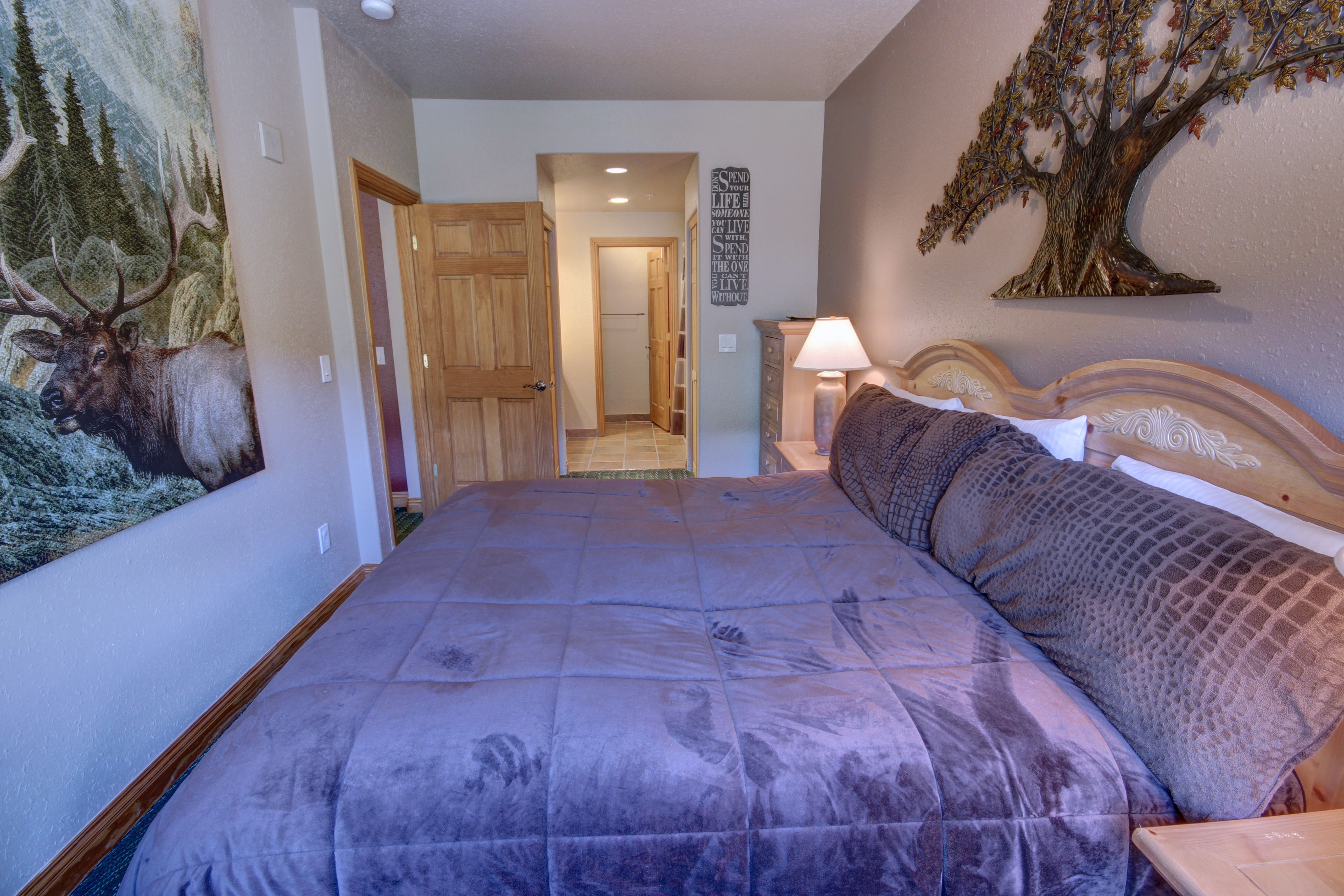 Bedroom with private bathroom and plenty of space