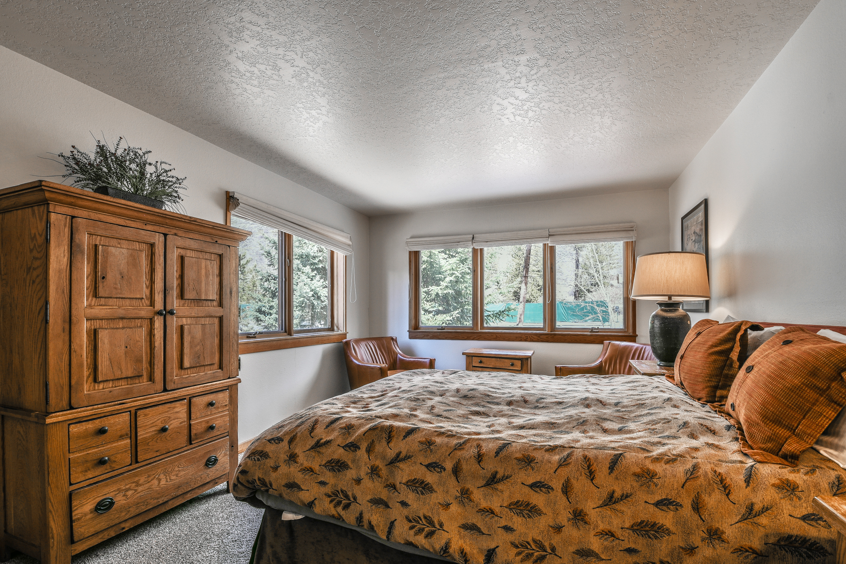 Bedroom with an amazing forest view