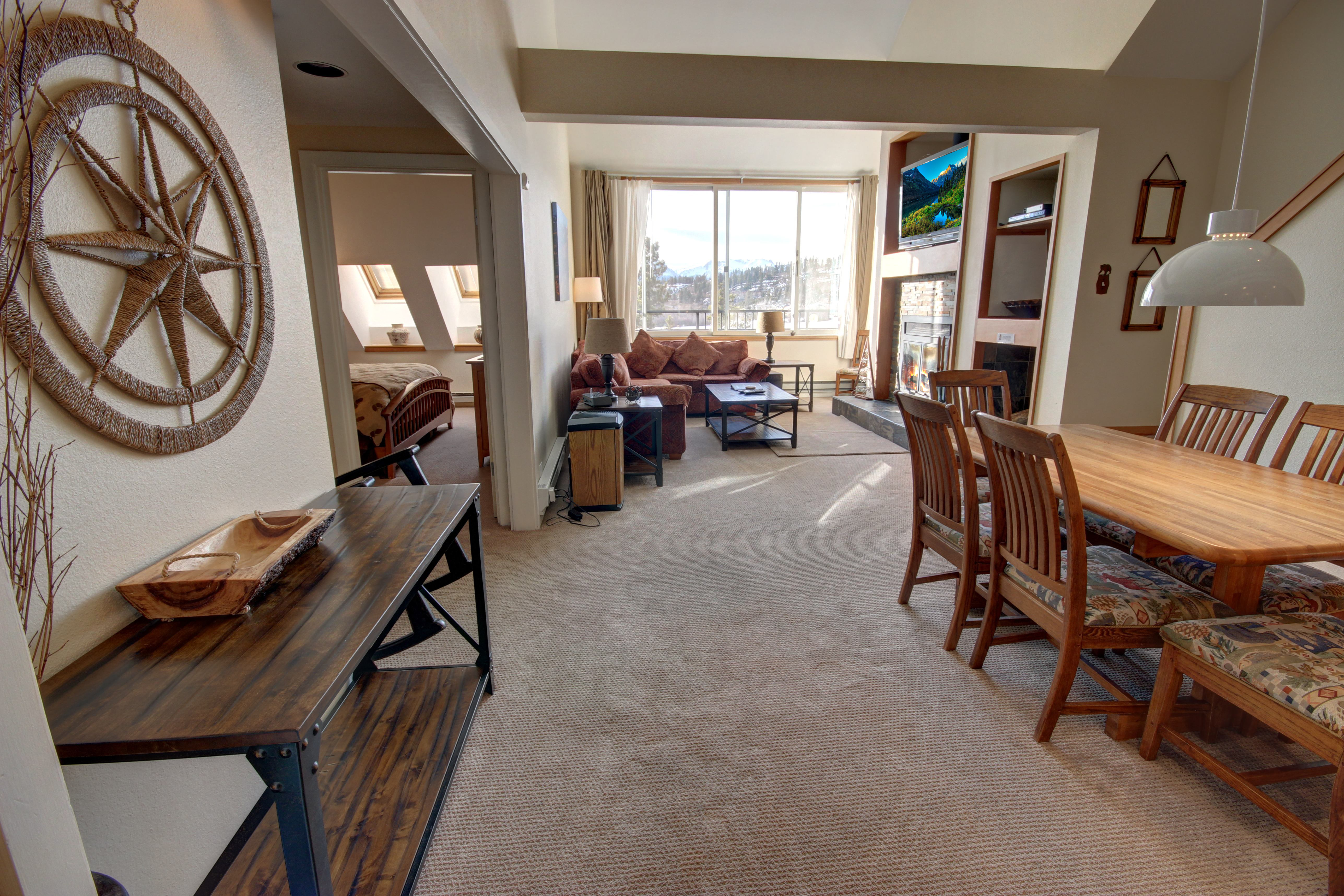Living space with plenty of room for kids to run around and have fun