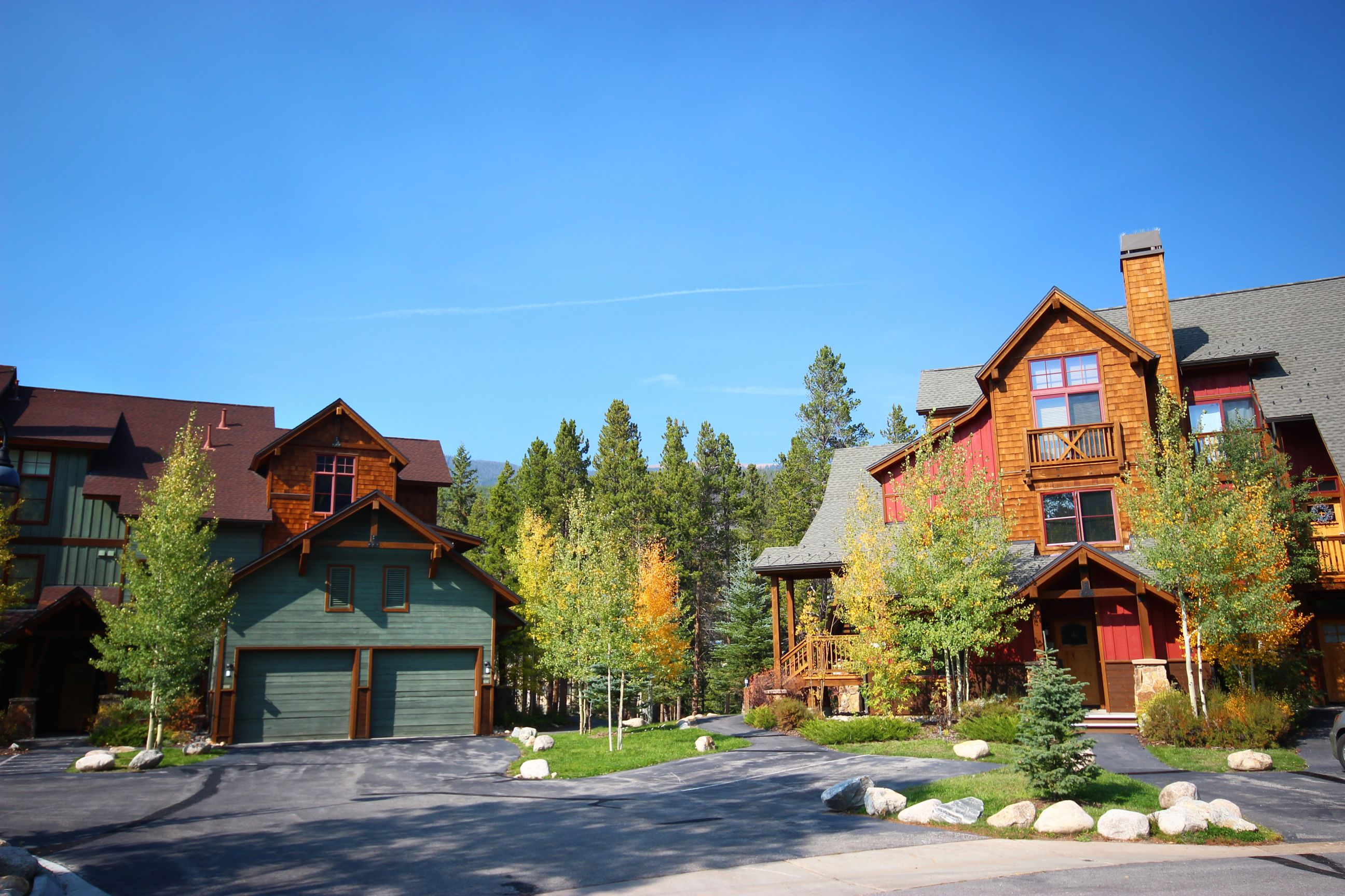 Beautiful wooded townhomes at the Seasons