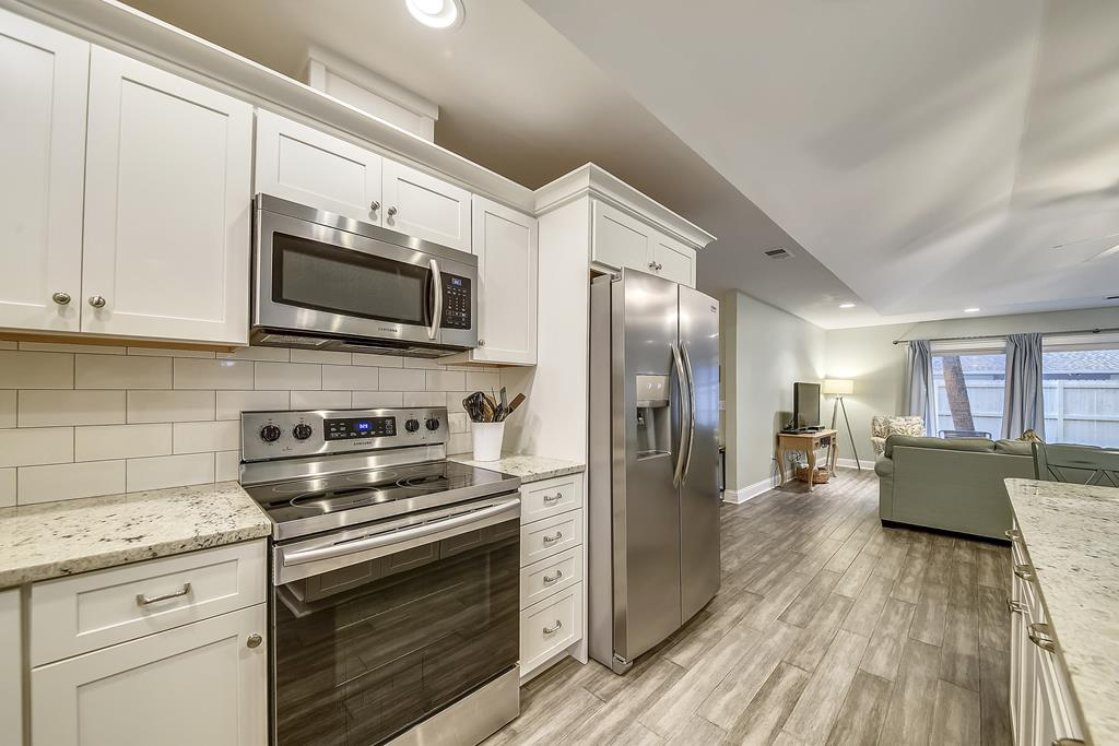 Modern Stainless Steal Appliances