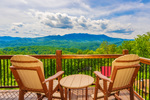 A Beautiful Gatlinburg Dream Gatlinburg Tennessee Timber Tops Luxury Cabin Rentals