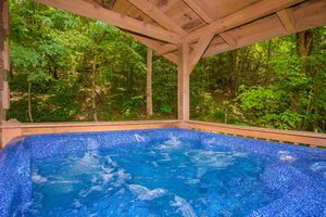 Absolutely Secluded  Sevierville Tennessee Timber Tops Luxury Cabin Rentals