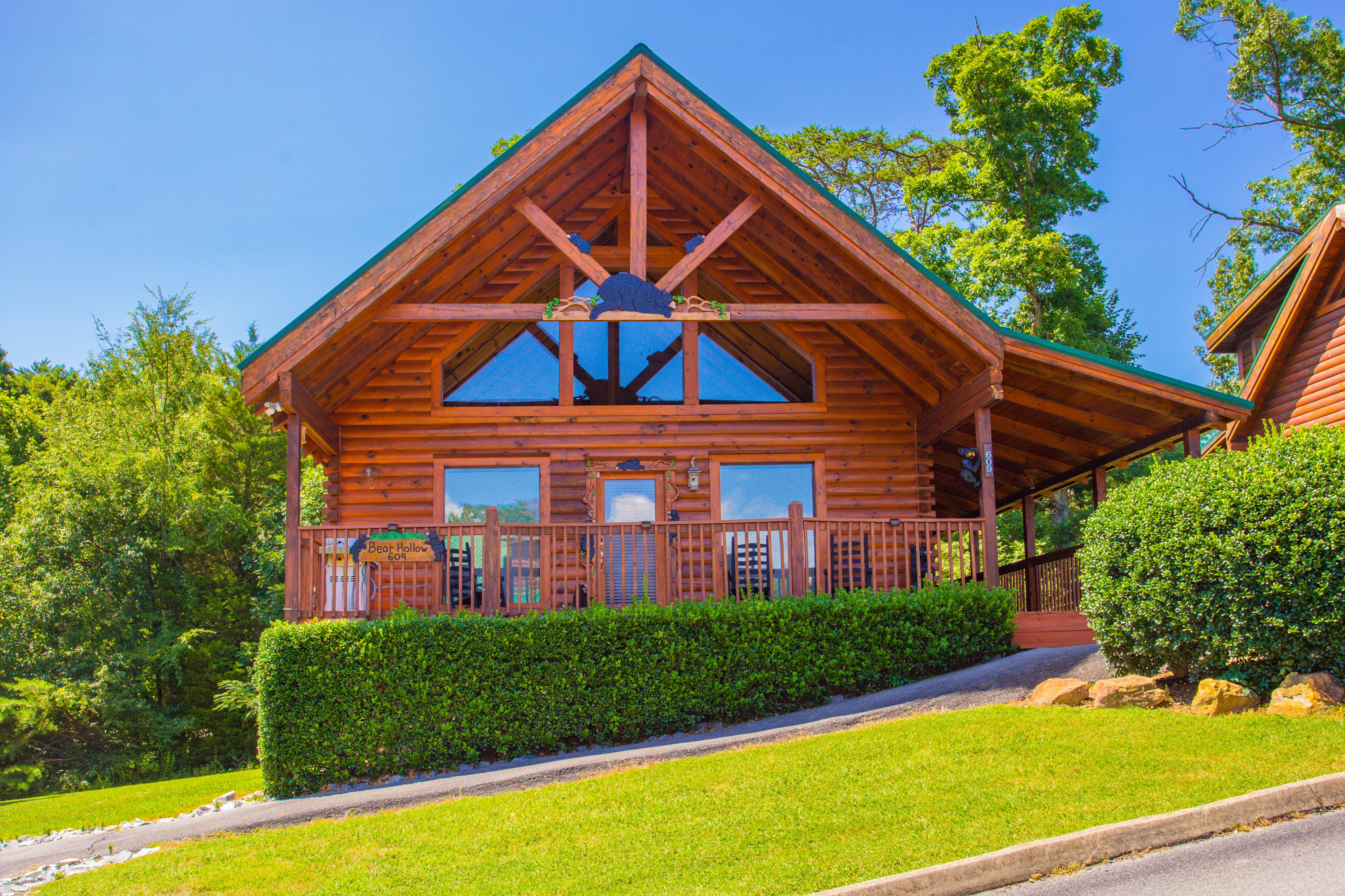 Bear Hollow Pigeon Forge Tn 1 Bedroom Vacation Cabin Rental 133915 Find Rentals