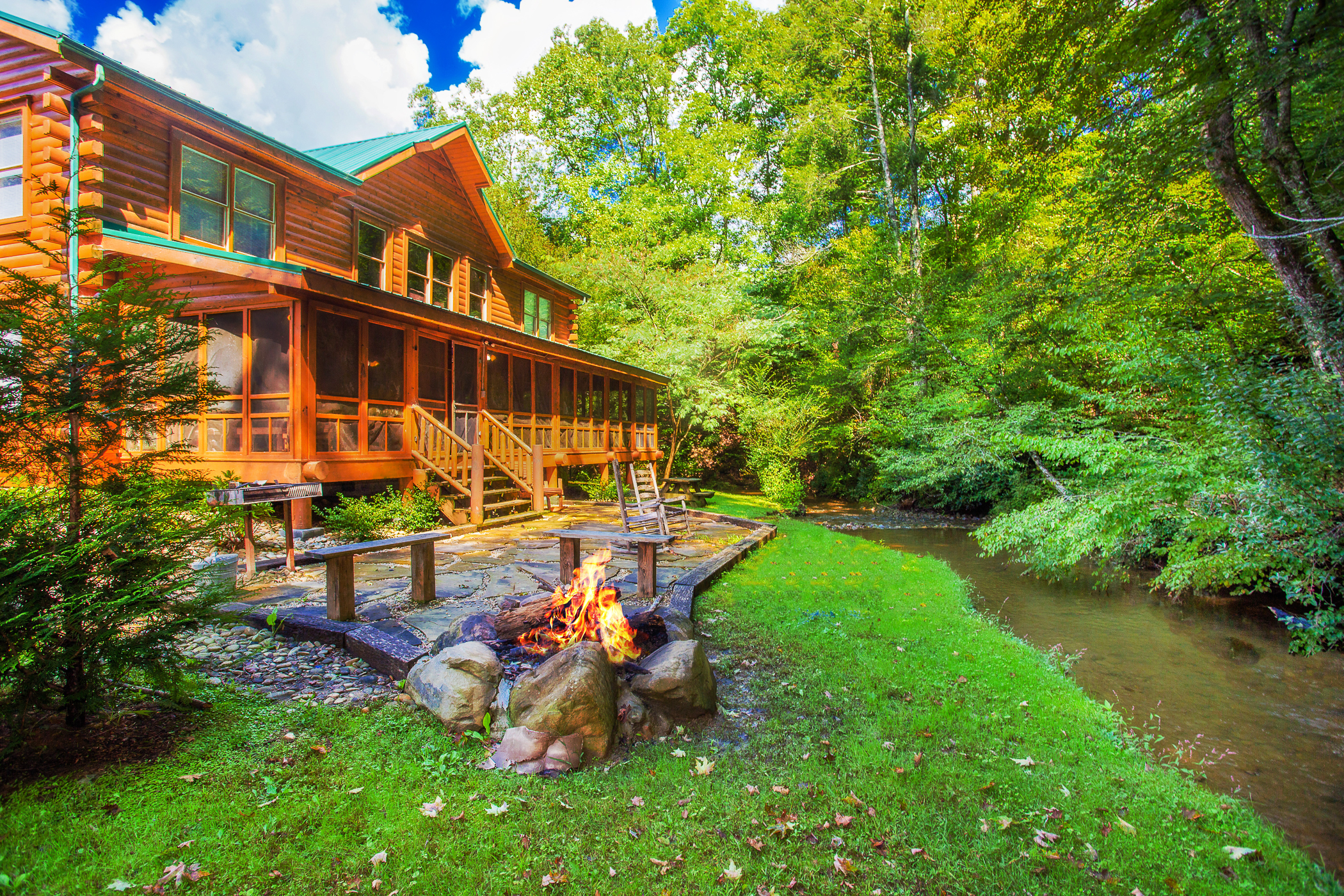 Creekside Getaway Pigeon Forge 8 Bedroom 8 Full Bathroom Place To Stay On Vacation 133958 Find Rentals