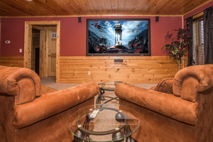 Peek-a-View Sevierville Tennessee Timber Tops Luxury Cabin Rentals
