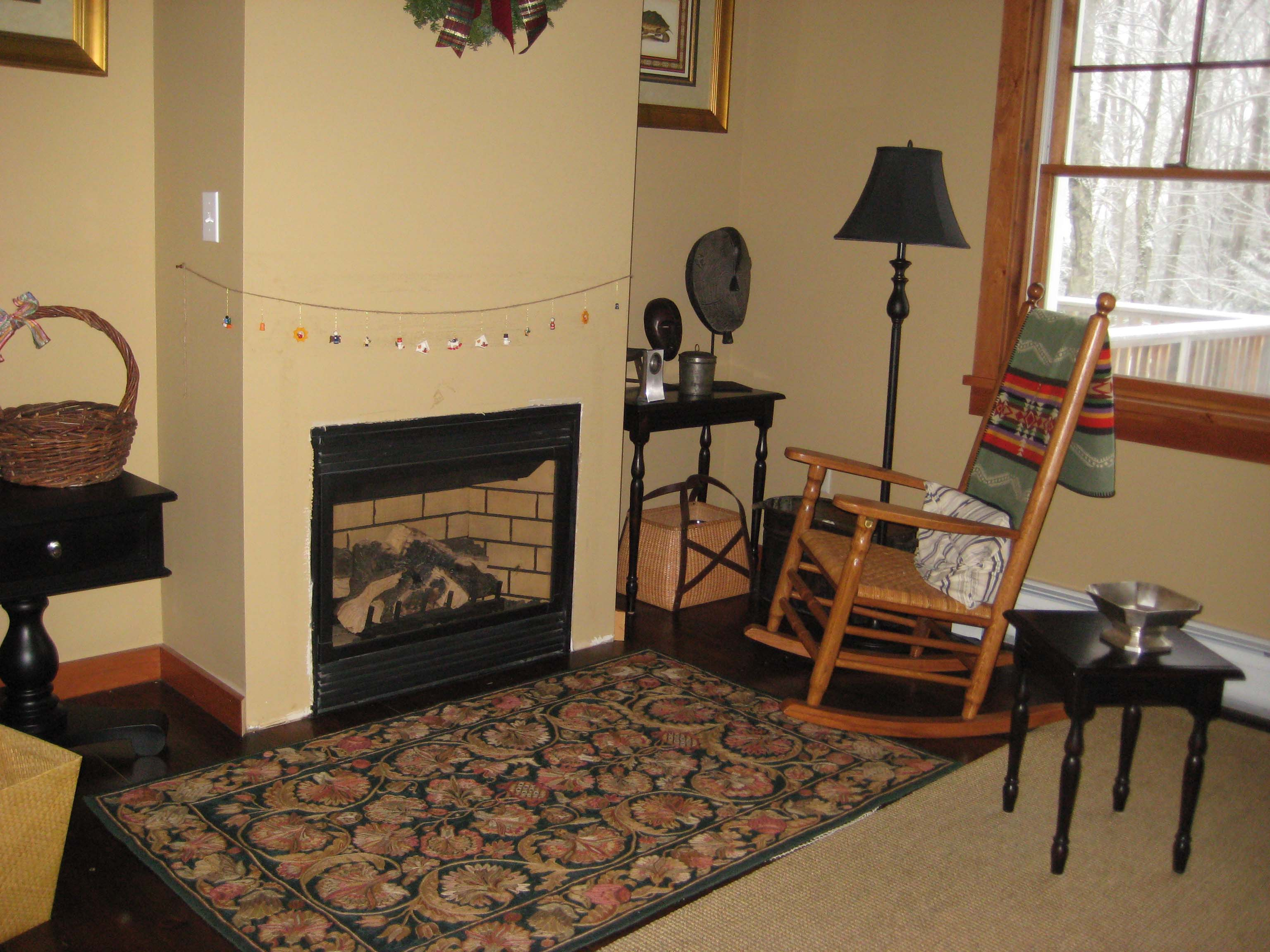 TRUNDLE ROOM GAS FIREPLACE
