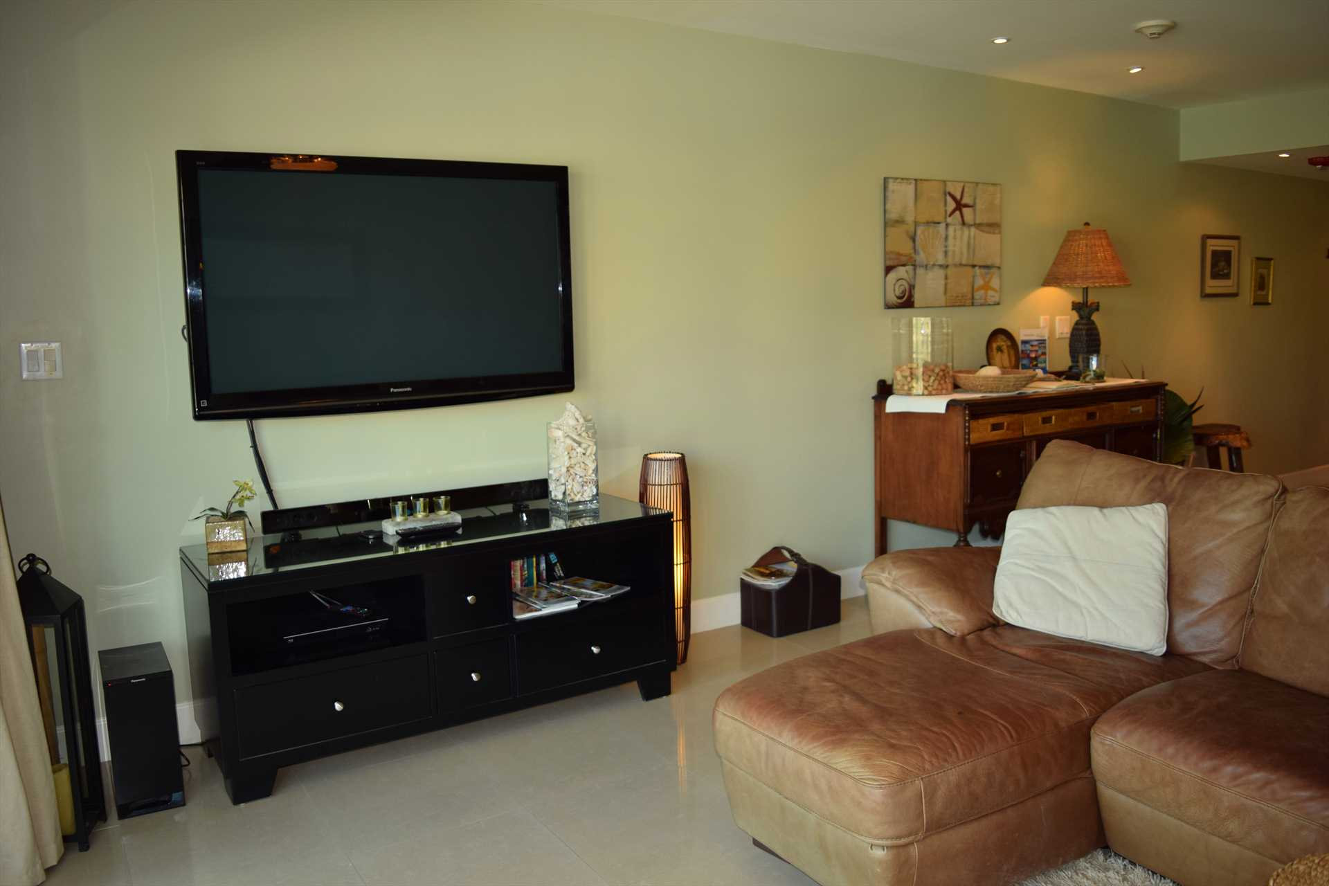 54'flat screen HDTV affords wonderful hours of entertainment