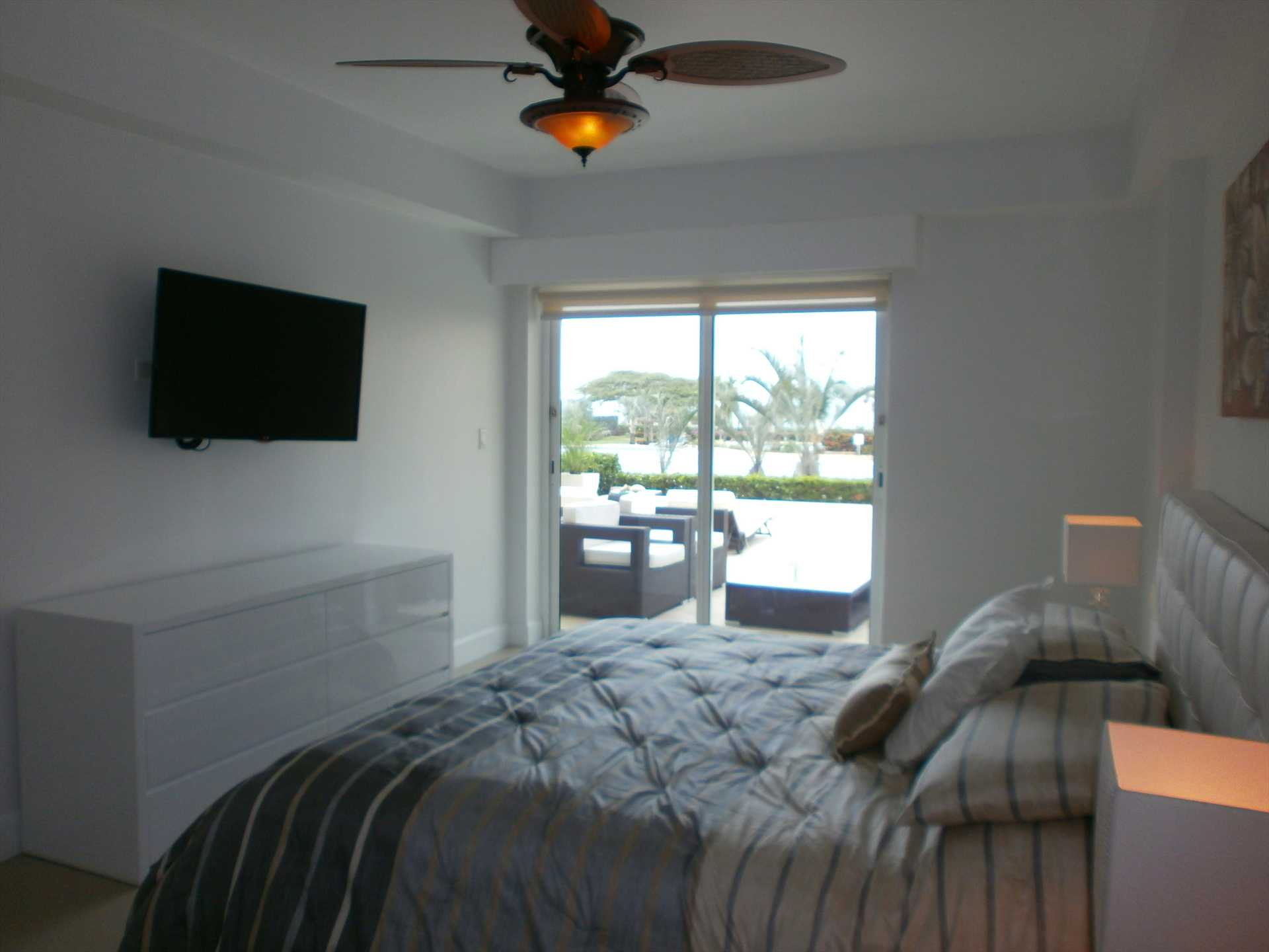 Flat screen HDTV in your spacious master suite too!