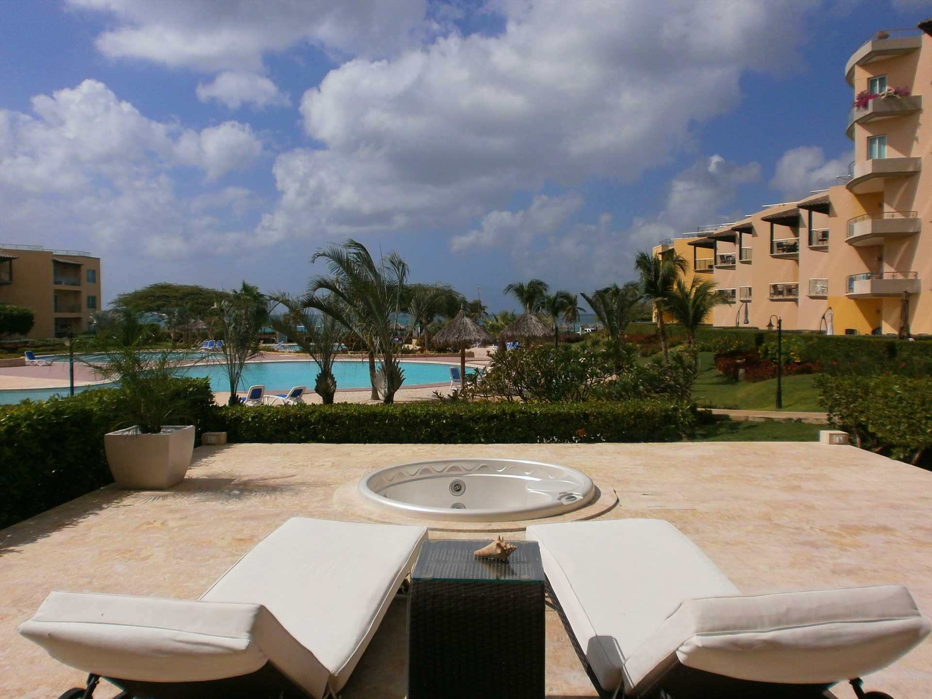 Relax in the lounge chairs while enjoying the Aruban weather!