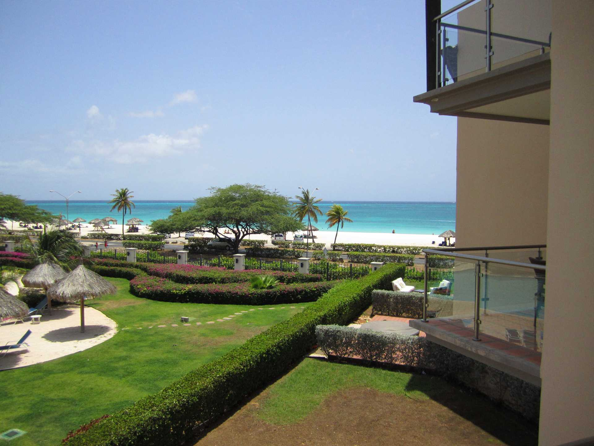 .... amazing ocean view from your master balcony too!
