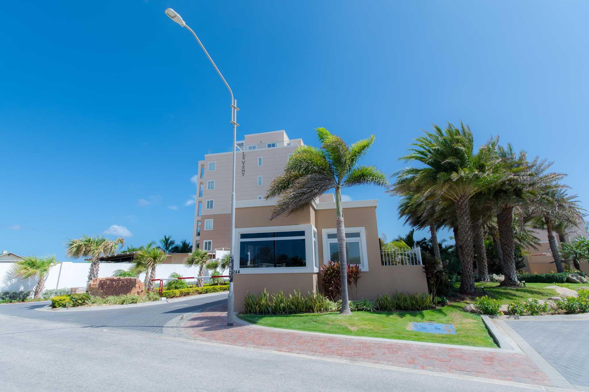 Welcome to the LeVent Beach Resort Aruba at Eagle Beach