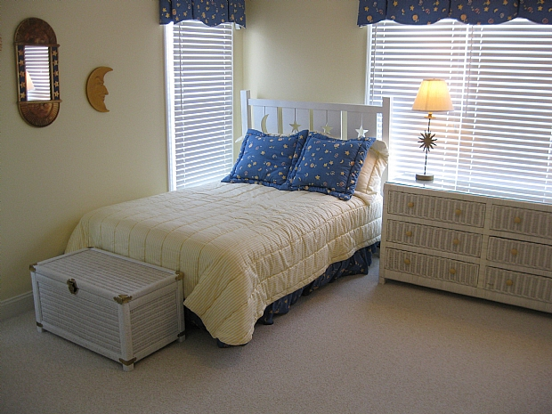 bedroom 5 upstairs soundside 2 doubles