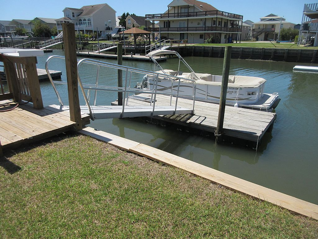 private boatdock