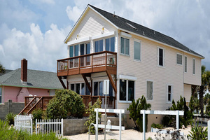 St Augustine Ocean Front Family Vacation Home/SLEEP 2-8 OR UP TO 12