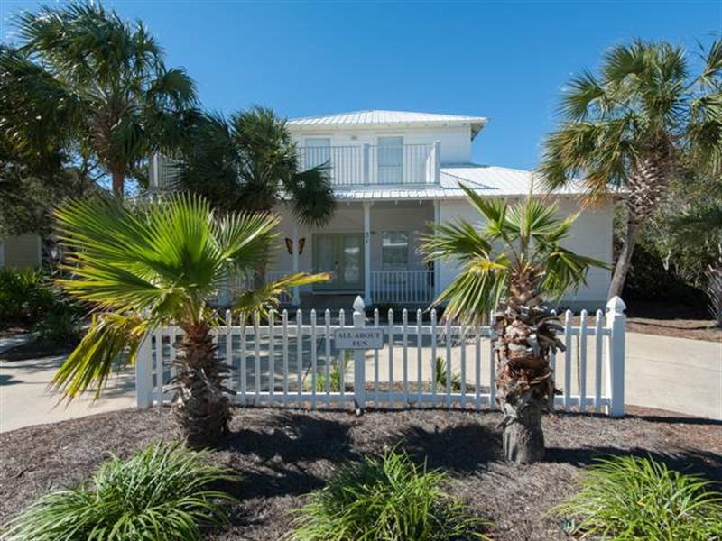 Family Vacation Home in Seagrove Beach 3 bedrooms close to beach