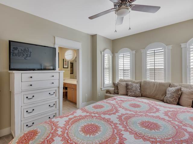 Bedroom  with ceiling fan - rentals in seagrove beach