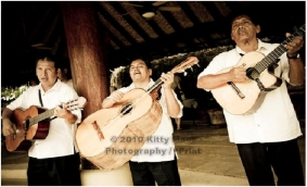 Guitar Trio, salsa music and traditional mexican