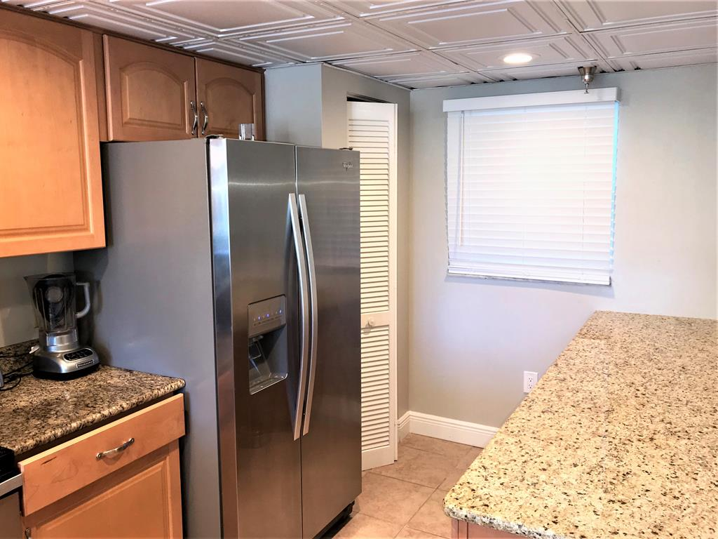 Extra counter space and large fridge
