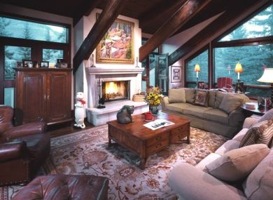 luxurious home on exclusive Beaver Dam Road