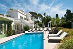 St. Tropez Villa Paris Ile-de-France The Lauren Berger Collection