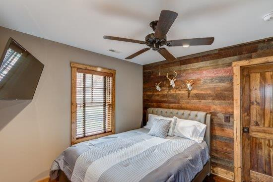 Loft area with queen bed