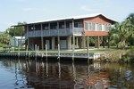 Canal front home Horseshoe Beach FL 2 bedrooms boat dock