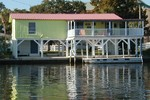 Horseshoe Beach vacation rentals on the Gulf with boat dock and 2 bedrooms