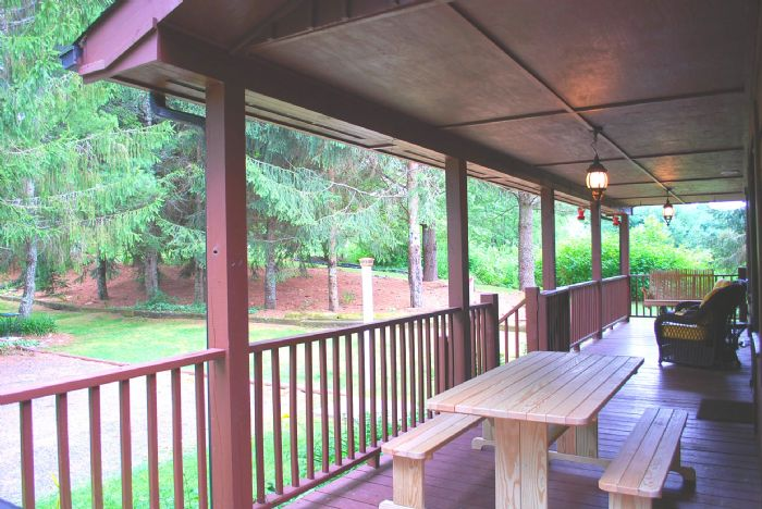 Front Porch w/ Gas Grill
