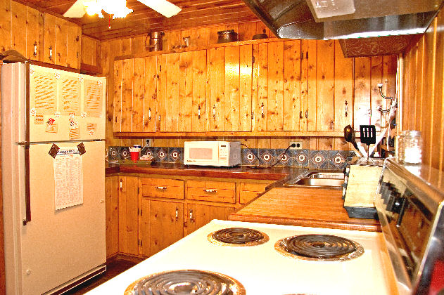 Cabin has a full kitchen