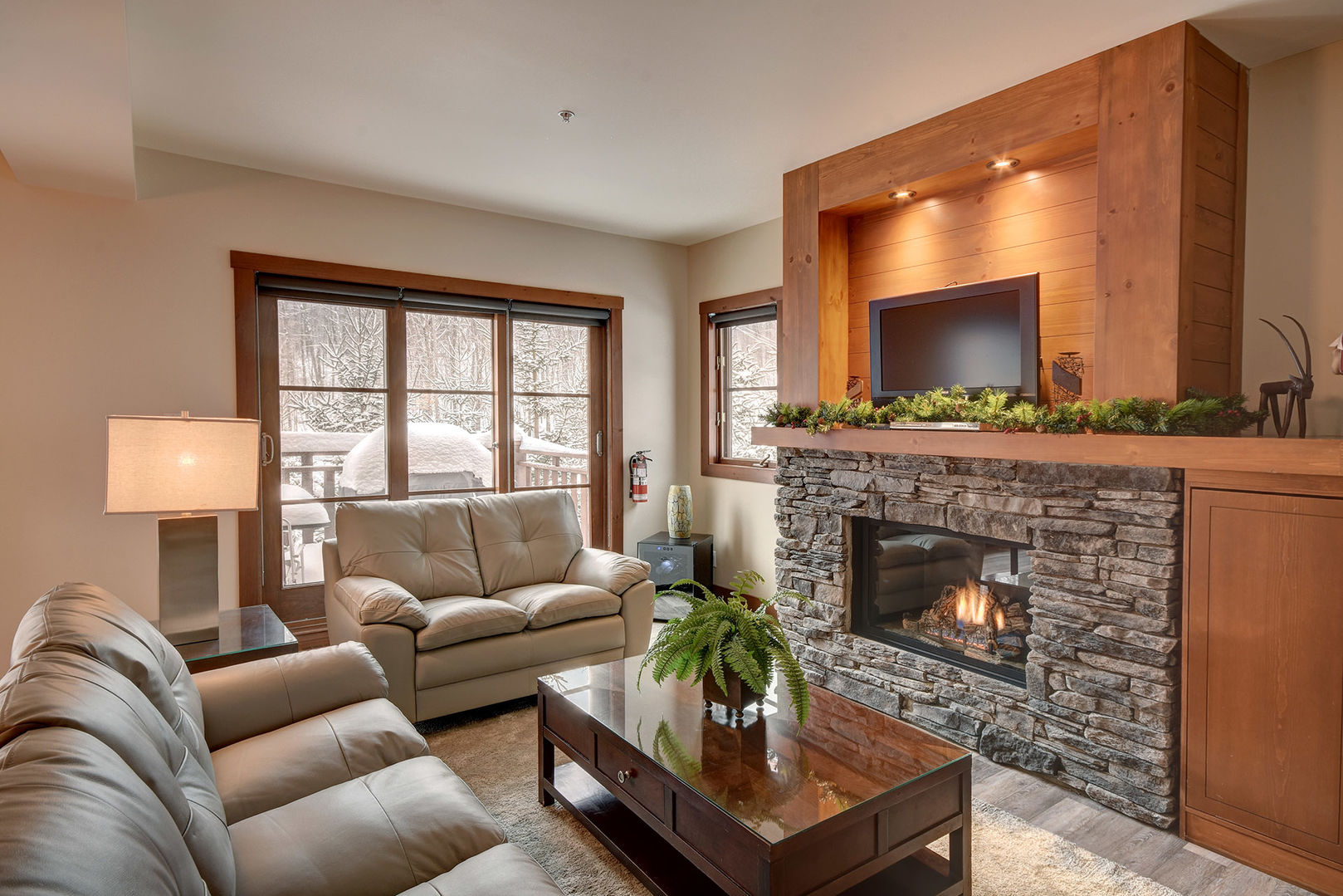 Pleasing Mont Tremblant Area Ski In Ski Out 228177 Andrewgaddart Wooden Chair Designs For Living Room Andrewgaddartcom