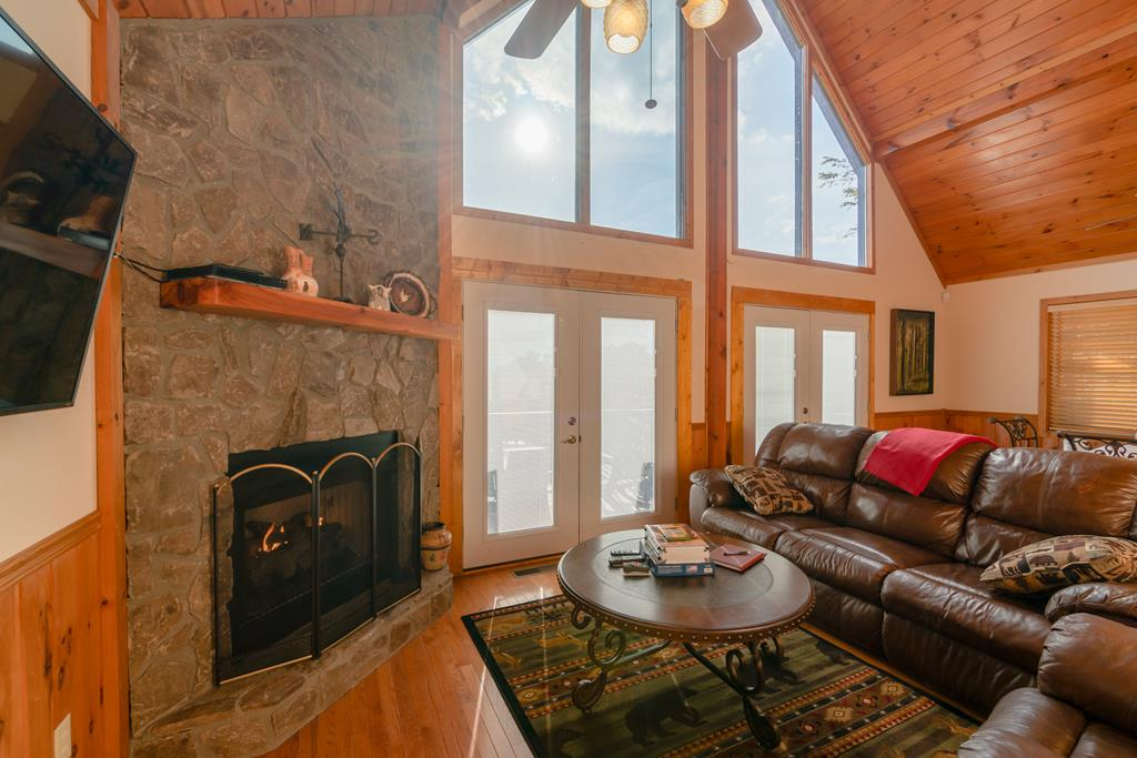 great room gas log fireplace