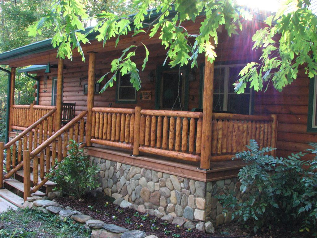 Creeksong covered porch.JPG