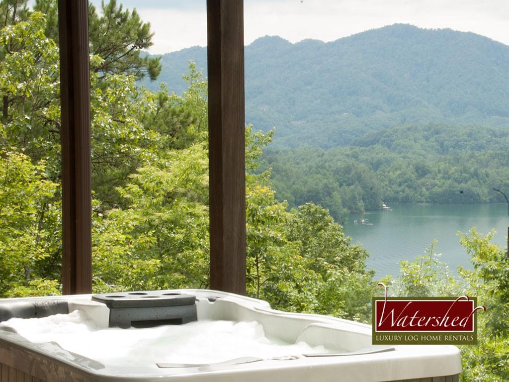 SVL-hot-tub-Watershed-Cabins