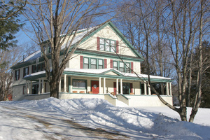The Maine MountainView House: Winter