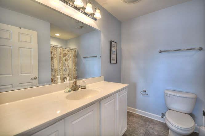 105 SE 58th St Oak Island NC-small-013-6-Bathroom 1-666x444-72dpi
